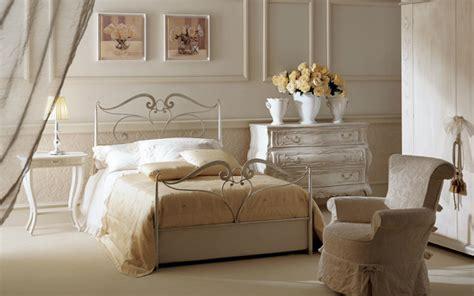 decorar dormitorio con cama de hierro rustik chateaux dormitorio muy chic con camas de hierro