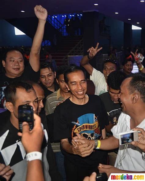 download video konser guns n roses mp3 foto berkaos gnr jokowi bergoyang di konser guns n