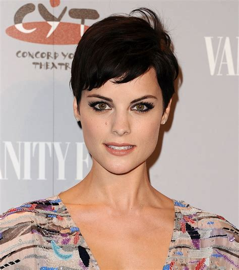 very short haircuts for heartshaped faces women short haircuts for heart shaped faces hair style and