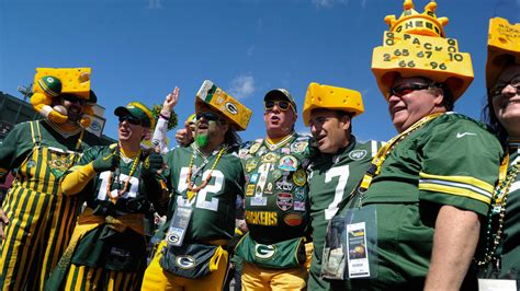 green bay packers fans 6 things you didn t about green bay packers fans