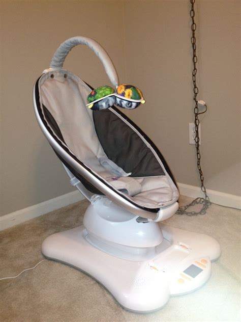 Mamaroo Chair by Bouncers Vibrating Chairs 4moms Mamaroo Baby Bouncer