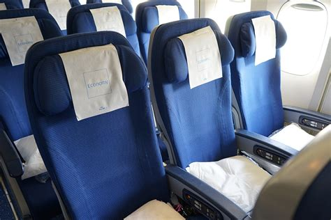 Klm Economy Comfort Review by Flight Review Klm To Los Angeles Via Amsterdam