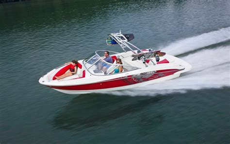 best bowrider boats under 20 feet 10 of the best motorboats for under 50 000