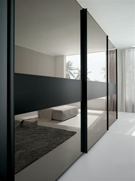 armoire portes coulissantes miroir portes coulissantes en miroir brilliant pour armoire
