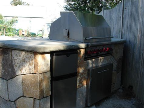 how to build a backyard grill how to build a diy outdoor bar how tos diy