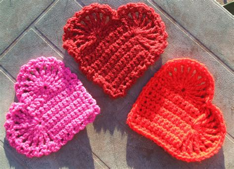 heart pattern in crochet pins and needles easy crochet hearts