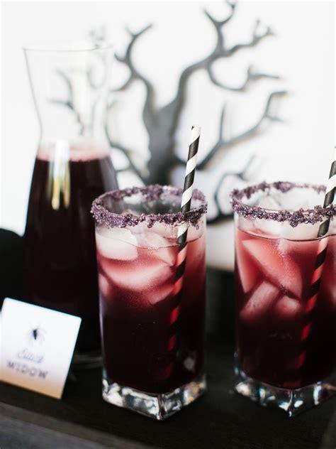 halloween themed cocktails pinterest picks 8 eerie halloween cocktails