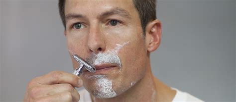 how to shave a how to shave with your edge safety razor