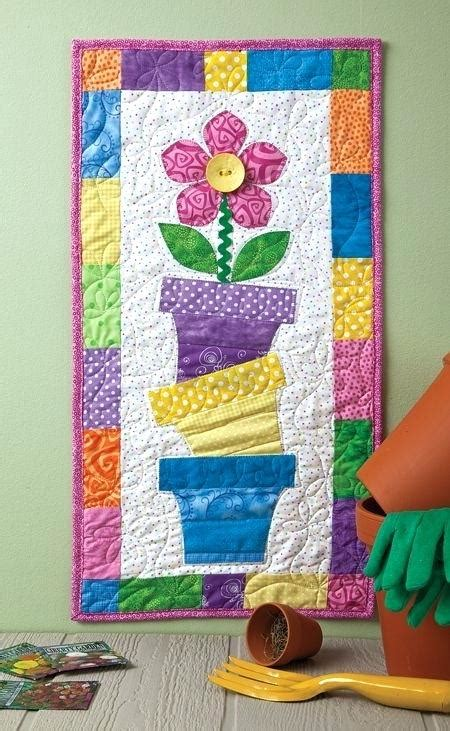 free pattern wall hanging quilt hanging wall quilts boltonphoenixtheatre com