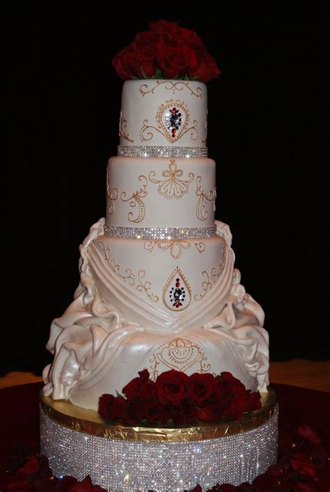 1000 ideas about bling cakes on quinceanera cakes wedding cakes and wedding cake pops