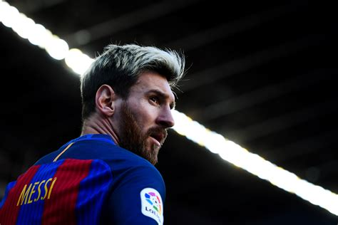 messi sets conditional  fee barcelona exit financial