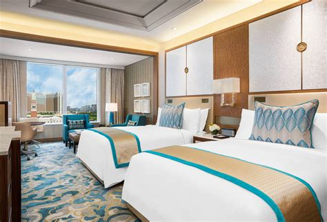 st regis macao cotai deluxe room macau hotel offers  londoner macao