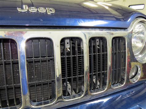 jeep liberty derale series 8000 plate fin transmission cooler kit w barb inlets class iii 2005 jeep liberty derale series 8000 plate fin transmission cooler kit w barb inlets class iii