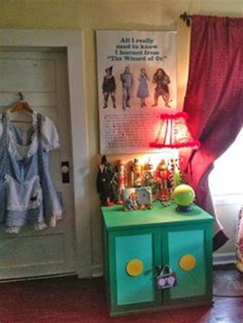 wizard of oz bedroom decor wizard of oz on pinterest wizard of oz dictionary art