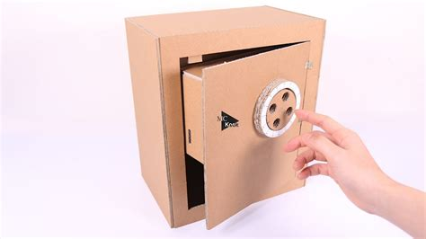 safe  combination lock cardboard toy