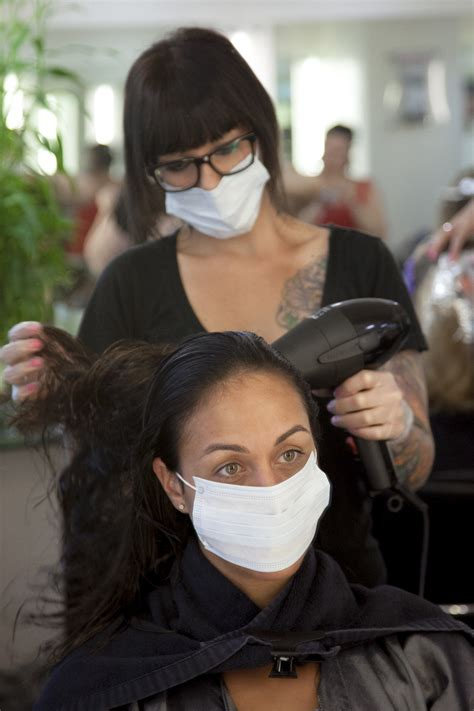 dangerous chemical used in hair salons to straighten hair the burn of the beautiful blowout