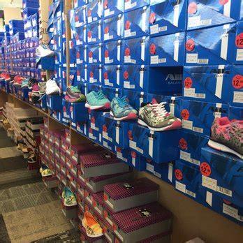 discount shoe factory discount shoe factory 59 photos 46 reviews shoe