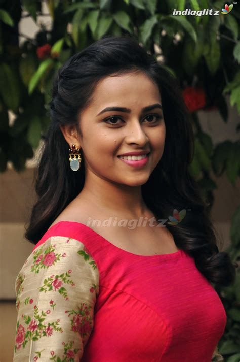 actress gallery india glitz sri divya gallery telugu actress gallery stills images