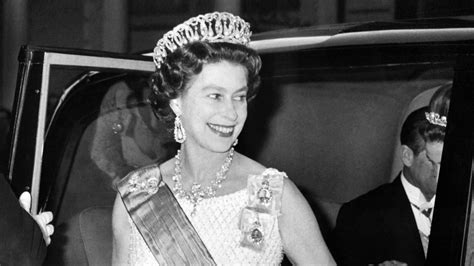 la reina de las 8490600260 biograf 237 a de la reina isabel ii univision