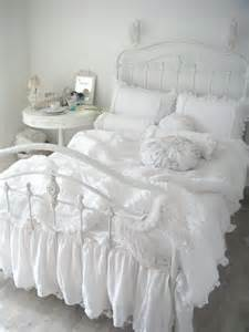 white shabby chic bedding 36 adorable bedding ideas for feminine bedrooms digsdigs