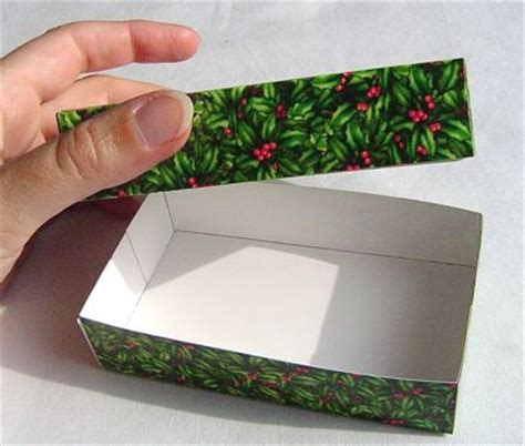 Make A Gift Box Out Of Old Greeting Cards - crafty ways to reuse wrapping paper greeting cards kids crafts activities kids