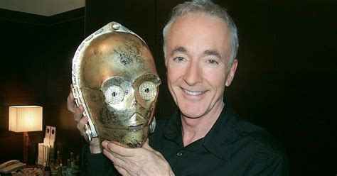 anthony daniels episode 2 anthony daniels wraps on episode vii the star wars
