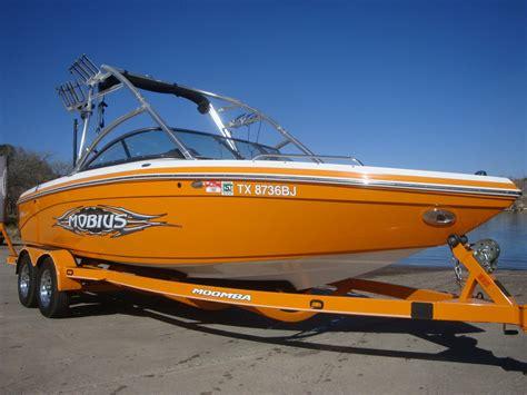 moomba boat orange 1owner moomba mobius lsv low freshwaterhours perfect pass