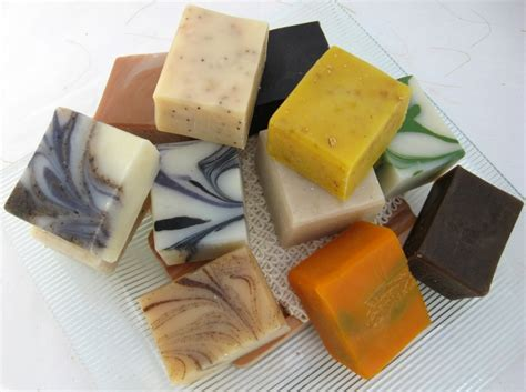 Handmade Soaps - 12 half bar handmade soap sler set by ranes