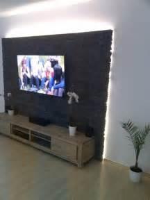 steinwand wohnzimmer tv die besten 17 ideen zu tv wand auf tv wand