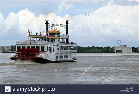 steam boat on the mississippi steam boat mississippi river stock photos steam boat