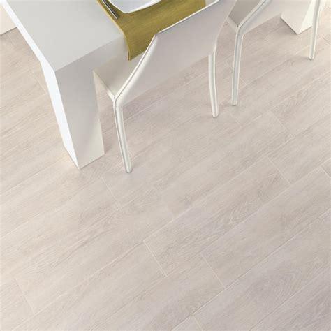 aspen white wood effect glazed porcelain floor tile