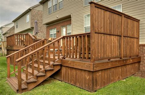 Deck Wall