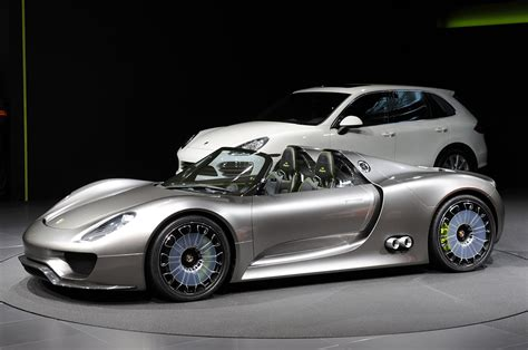porsche hybrid 918 top porsche 918 spyder hybrid available for order extravaganzi