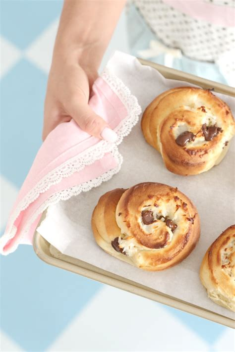 Scrumptious Sweet Rolls by Delicious Sweet Rolls With Coconut Chocolate 4