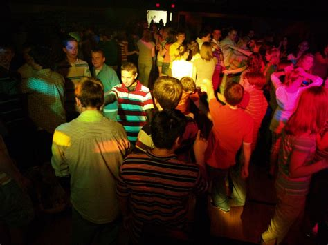 new school dance playlists 2015 new dj song lists 2015 how to hire the perfect dj for you vancouver school dance