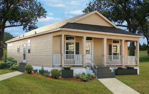 casa kayu manis 70 desain rumah kayu minimalis sederhana dan klasik