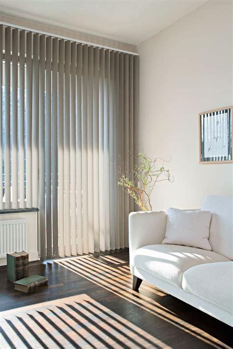 tende a lamelle verticali m 225 s de 25 ideas incre 237 bles sobre persianas verticales en