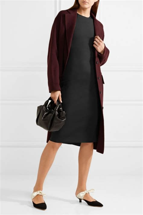 Reader Question Fergies Chic Dress by Ask Cf How Do I Style A Sheath Dress In A Casual Edgy