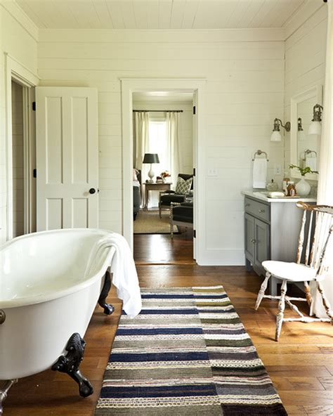 southern living bathroom ideas claw foot tub cottage bathroom southern living