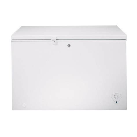 Freezer Frigigate F 122 chest freezers ge frigidaire small chest freezer best buy