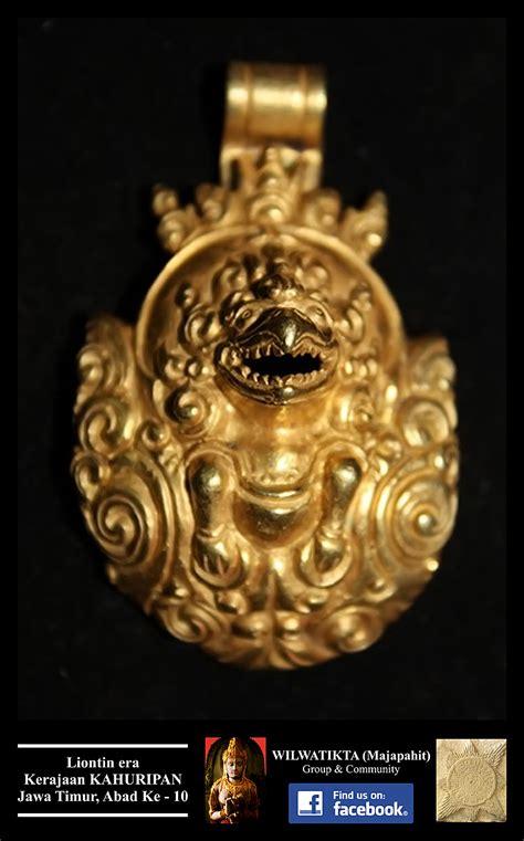 Kalung Dari Kristik liontin kalung garuda era kerajaan kahuripan abad ke 10