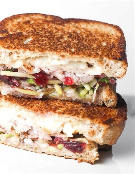 thanksgiving turkey sandwich recipe shredded turkey and gravy sandwiches