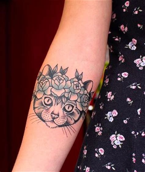 tattoo fixers cat to flower a cat with a flower crown for a tattoo yes please
