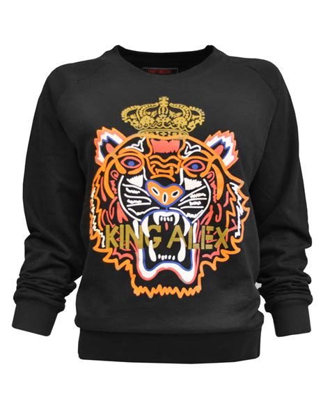 Cp Sweater Care Blue Limited Edition win een limited edition q day sweater beautylab nl