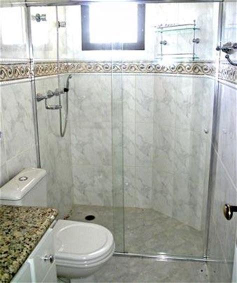 decoração de banheiro pequeno todo branco decora 231 227 o o banheiro 233 todo bege mas n 227 o combina
