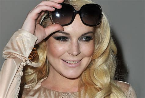 Lohans New by Lindsay Lohan Gets Teeth Fixed Lindsay Lohan Zimbio