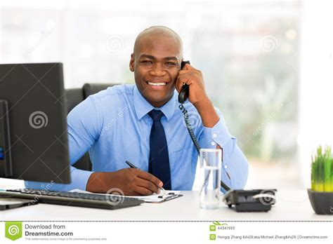 employ馥 de bureau employ 233 de bureau africain photo stock image 44341693