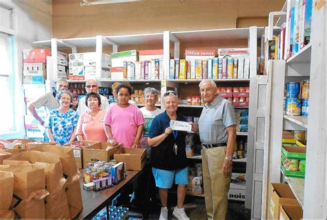 golf outing benefits food pantry