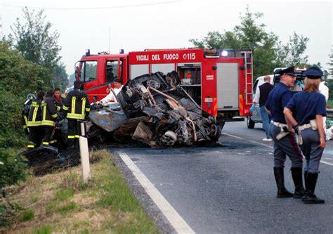 comune di taranto ufficio tecnico sei morti in incidente stradale a taranto 5 giovani