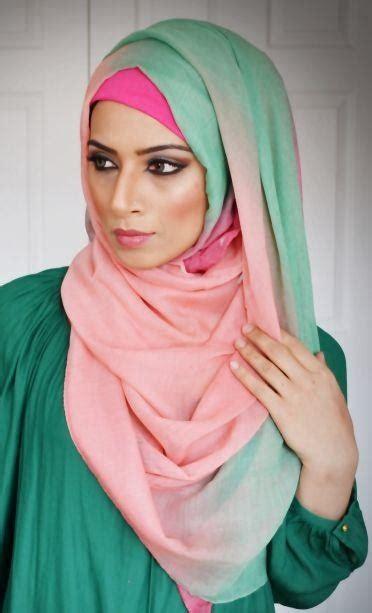 Kerudung Printed Segi Empat Bahan Voal Dari Bee Me trend motif kerudung segi empat terbaru untuk hijabers gayadanmode gayadanmode